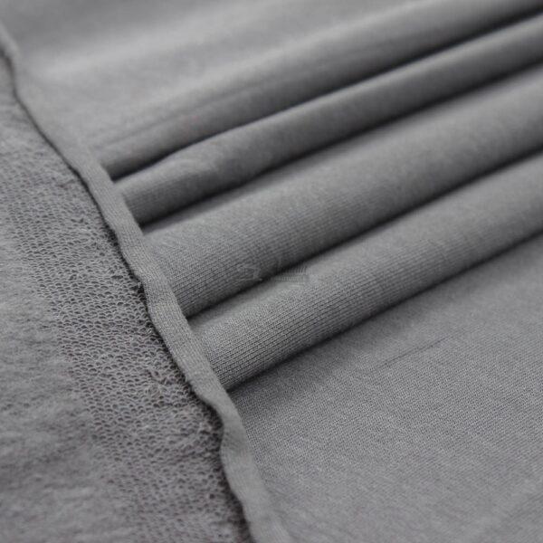 antracito pilkos spalvos kilpinis trikotazas su pukeliu