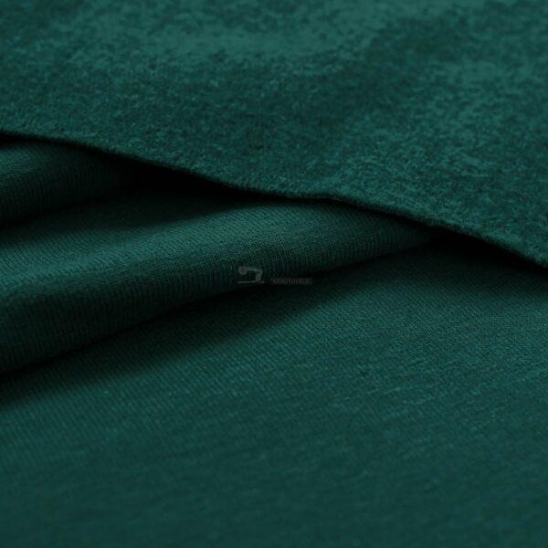 audiniu krautuvele, smaragdo spalvos kilpinis trikotazas su pukeliu