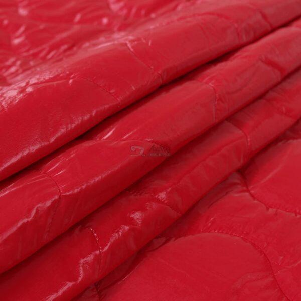 raudonas dvipusis striukinis audinus