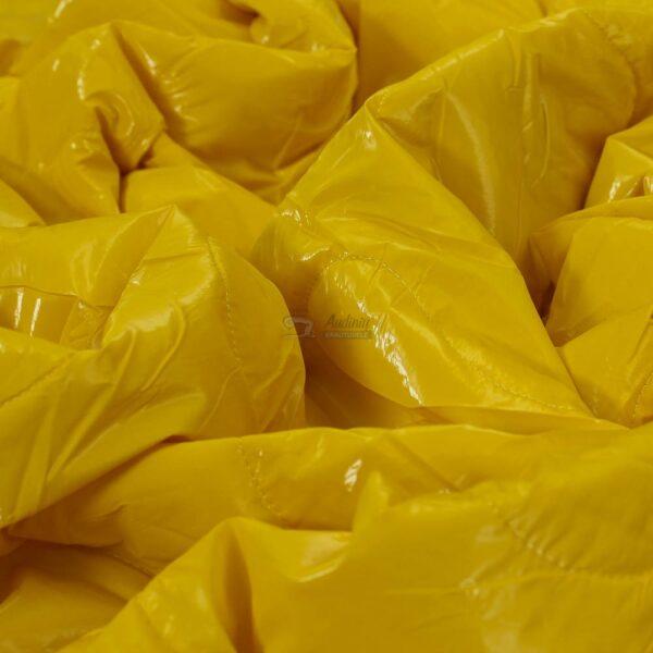geltonas dvipusis striukinis audinys