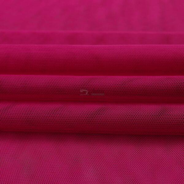 ciklameno spalvos minkstas tiulis
