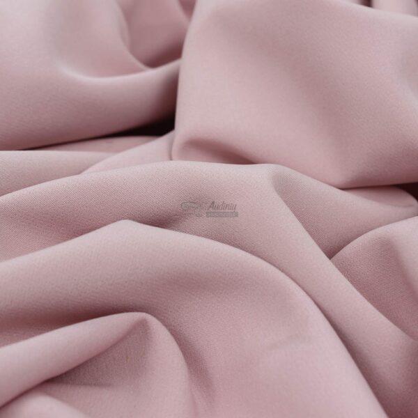 tamsi pelenu rozes barbie audinys