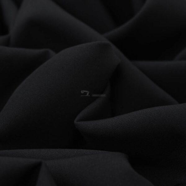 juodos spalvos barbie audinys