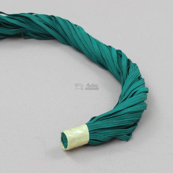 elastine guma veido kaukems