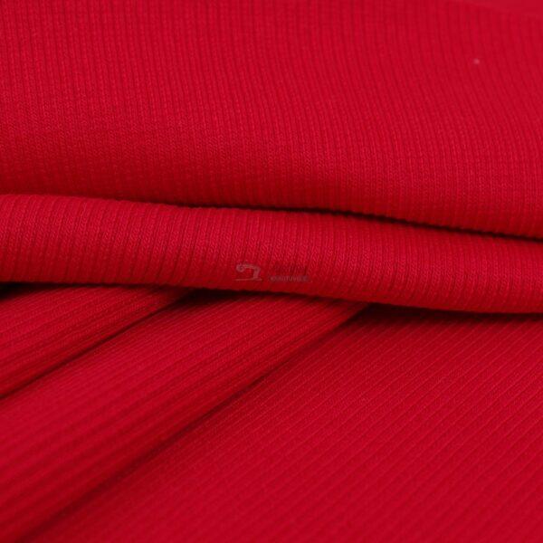 raudonas ribb trikotazas