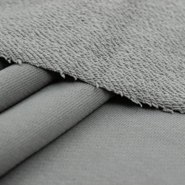 sviesiai pilkas trisiulis kilpinis trikotazas