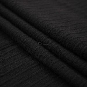 juodas viskozinis trikotazas