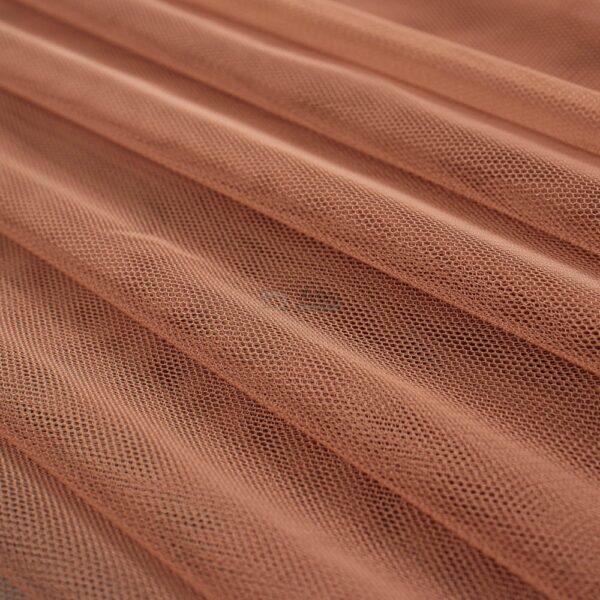 tamsus pelenu rozines spalvos tiulis