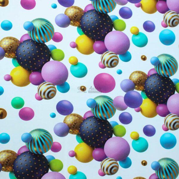 burbulai baltame fone