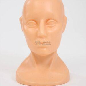 kuno spalvos manekenes galva