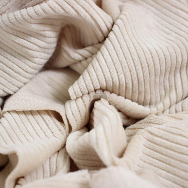 perlo baltos spalvos velvetinis soft veliuras