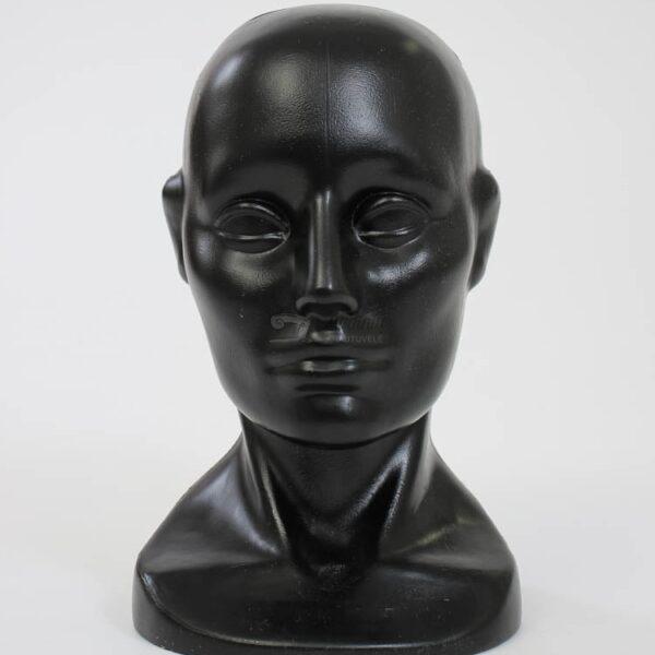 moteriska manekeno galva