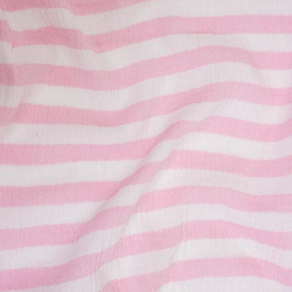 balta rozine dryzuotas muslinas