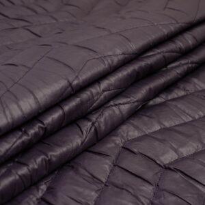 juodas striukinis audinys